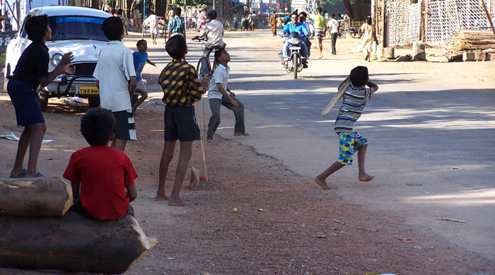 street_cricket2