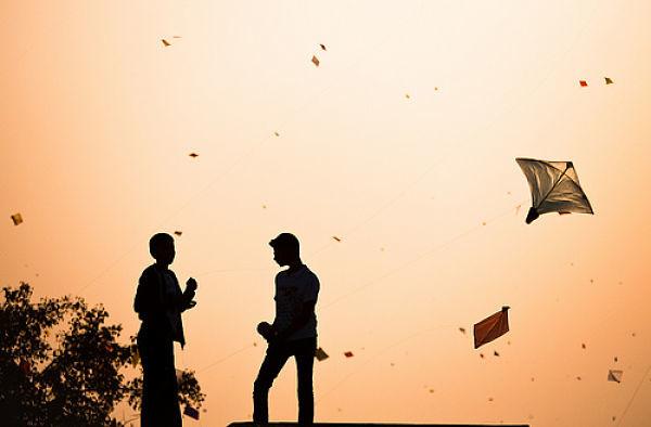 Indian-Kite-Fighting_opt
