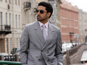 Papa Abhishek Bachchan too busy for daughter Aaradhya