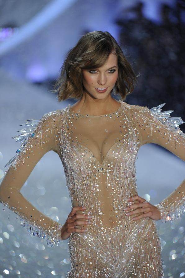 11 Hottest & Sexiest Victoria's Secret Models Ever