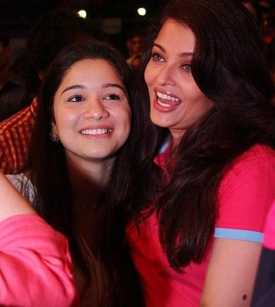 Sachin-Tendulkars-daughter-Sara-and-actor-Aishwarya-Rai