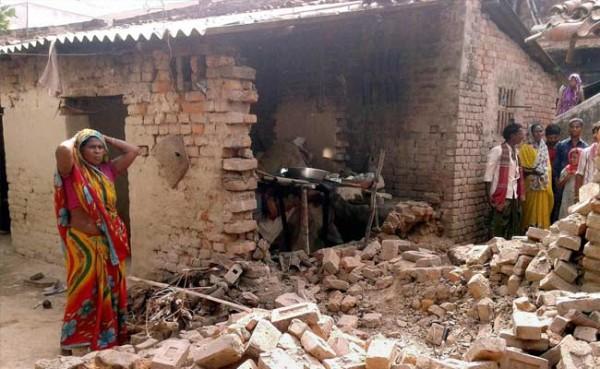 bihar-earthquake_650x400_41430057725