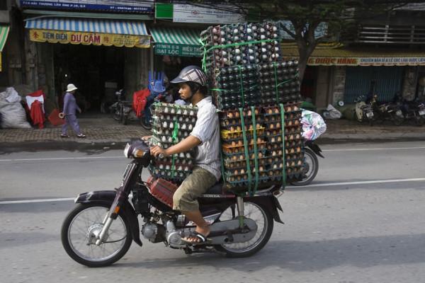 overloaded-vehicles-around-the-world-10__880