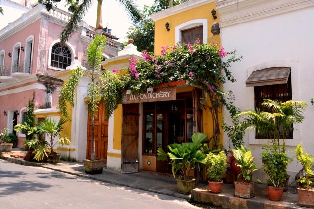 Show mum around Pondicherry!