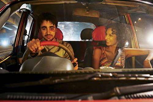 delhi-belly-car_111411054300