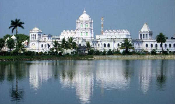 palace-of-Tripura