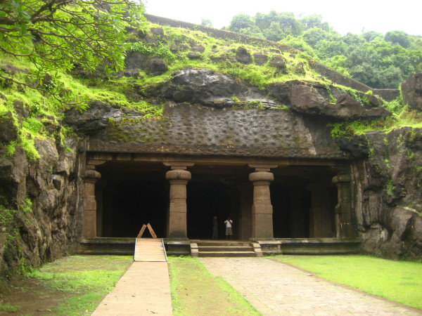 wallpaper-of-elephanta-caves-india