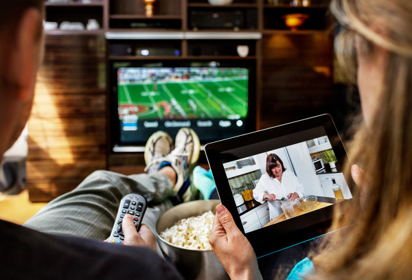 Cloud-TV-TV-and-Tablet-Live-Show