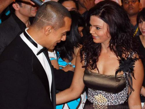 bollywood-s-most-embarrassing-moments_13666222511