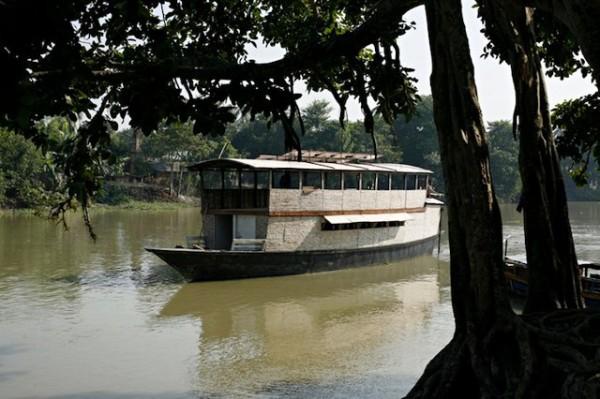 solar-powered-boat-school-bangladesh-5