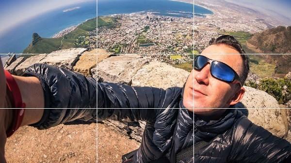 11-How-to-Take-Good-Selfies-600x336