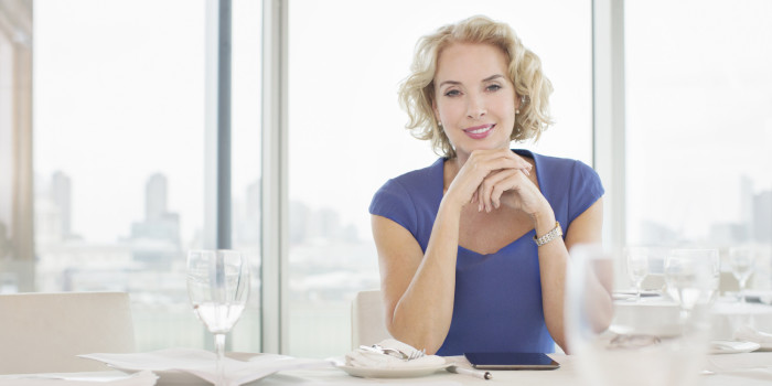 Woman with no dating experience at age