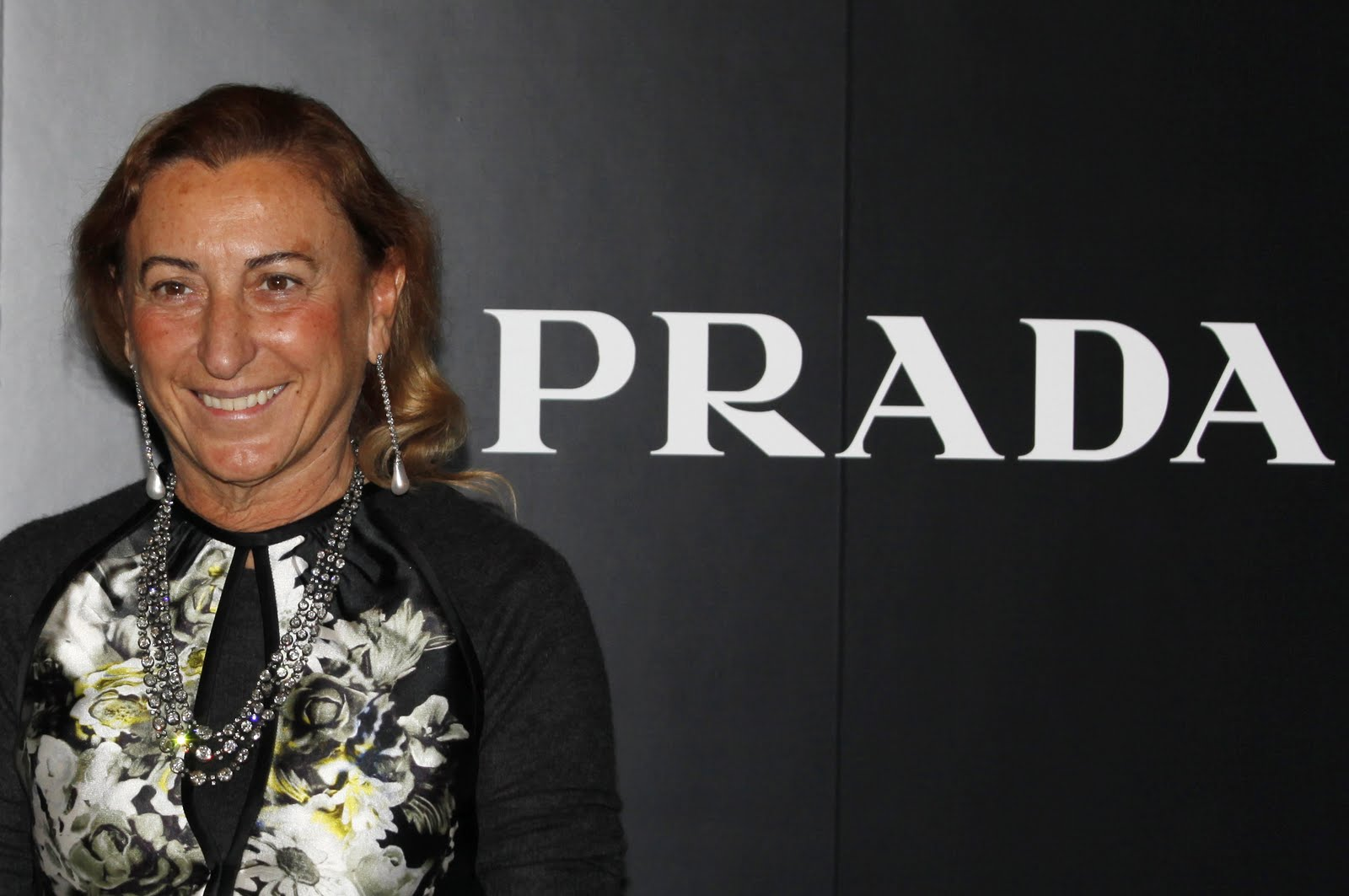 a biography of mario valentino an international designer