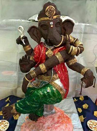 Lord Ganesha made of 28 kg chocolate