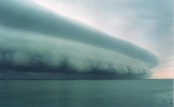 fake-hurricane