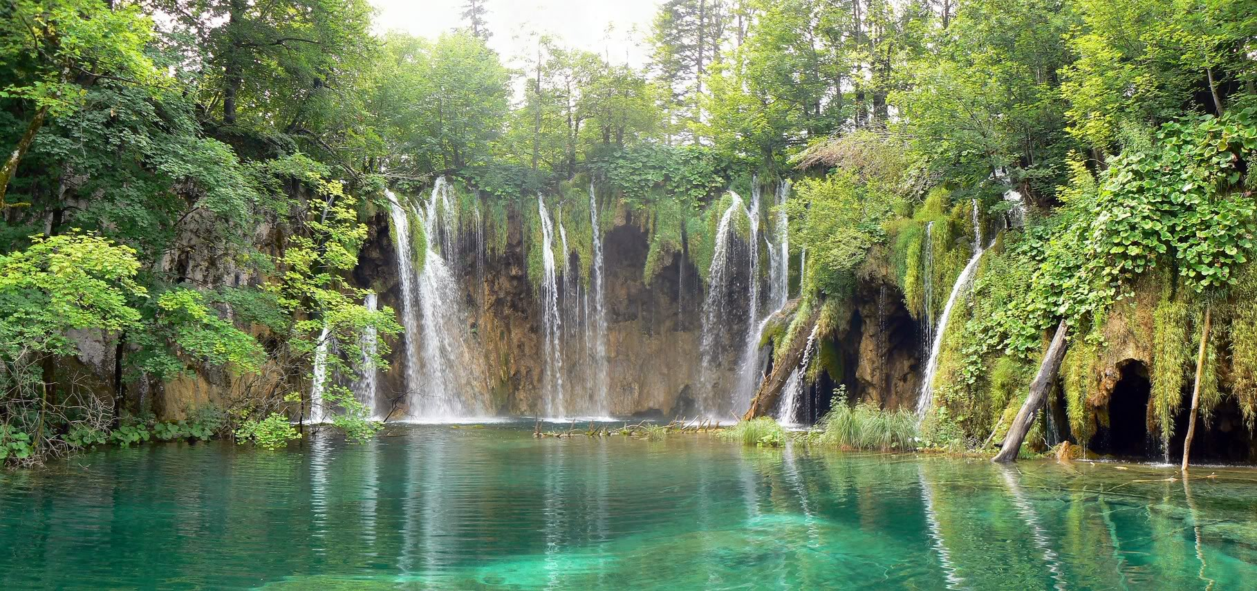 10 world 39 s most amazing waterfalls for Most spectacular waterfalls