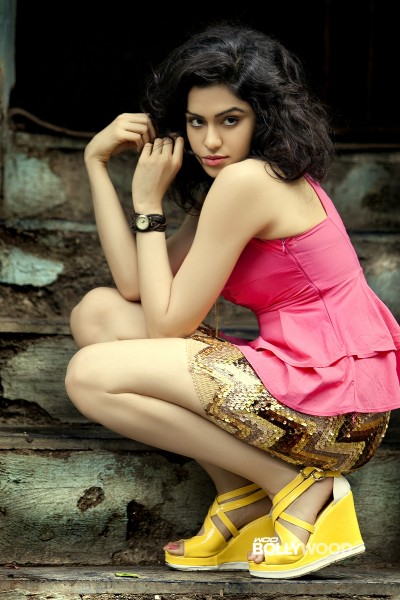 Adah-Sharma-Hot-and-Sexy-Photo-Shoot-Stills-01