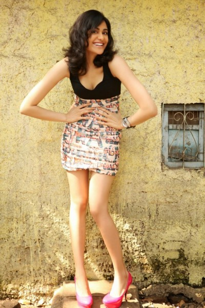 Adah-Sharma-Latest-Hot-Photo-Shoot-1-682x1024