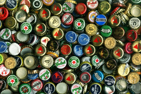 pile-of-beer-bottle-caps-8-to-12-proportion-wingsdomain-art-and-photography