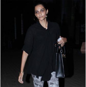 Sonam Kapoor De-Glam Avatar 4