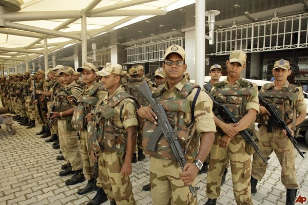 cisf paramilitary commando on duty facts