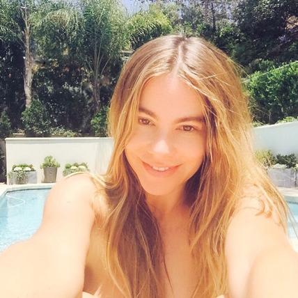 Hollywood No Makeup Selfies Sofia