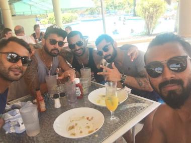 Shikhar-Dhawan-selfie-India-West-Indies-Twitter-380