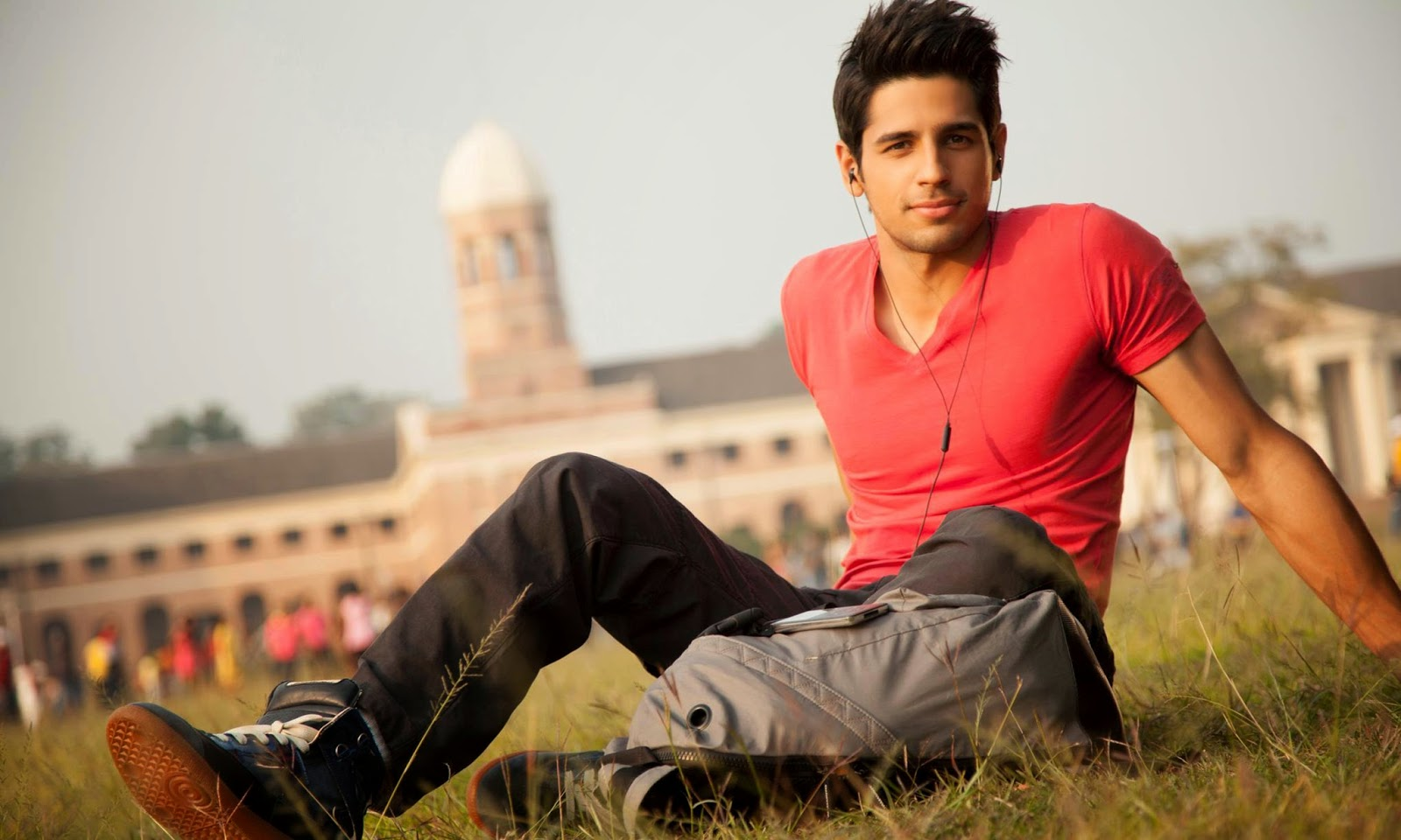 Sidharth Malhotra HD Wallpapers 2