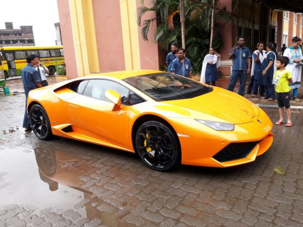Lamborghini-Huracan-minor-accident