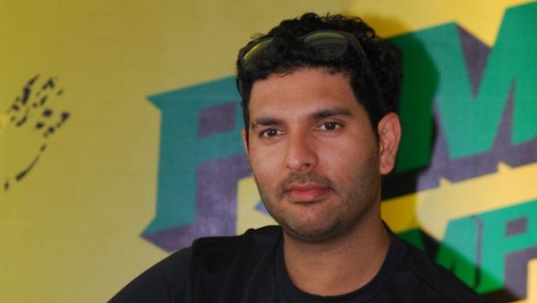 Yuvraj-Singh-in-Mumbai-for-a-promotional-event