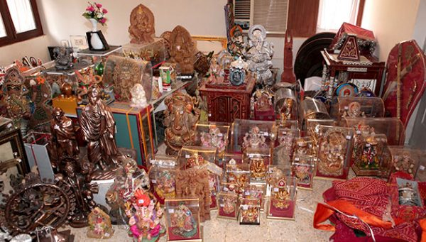 narendra modi gifts