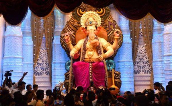 See-First-Look-of-Mumbai-Lalbaugcha-Raja-2016-4