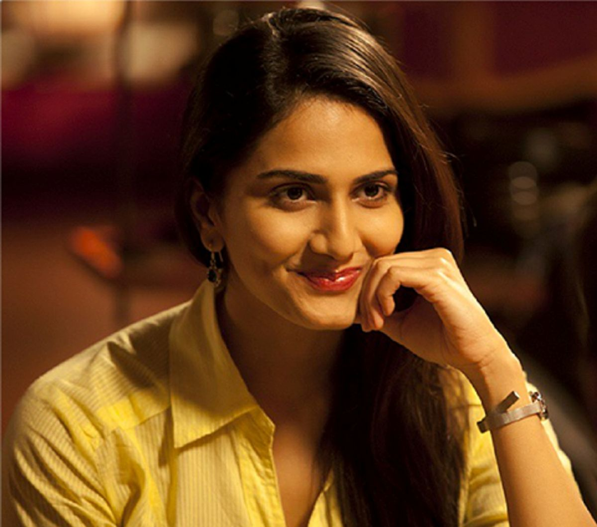 Vaani Kapoor Hot Hd Wallpapers 2 Rvcj Media
