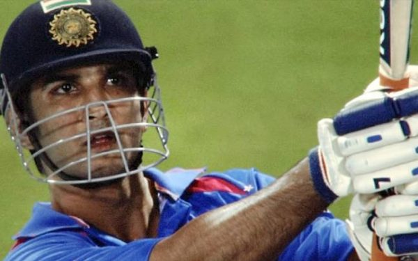 dhoni-story_647_101016104206