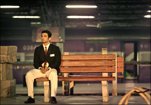 dhoni-ticket-collector