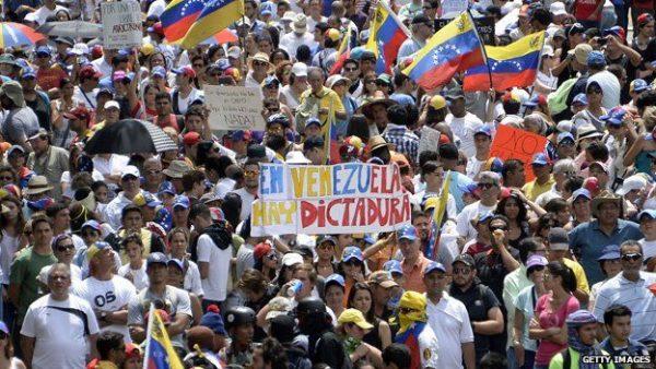 nicolas-maduro-protest