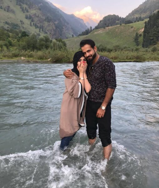 Irfan Pathan's Pictures With His Wife Are Adorable,You Just Cannot ...