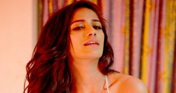 Poonam Pandey Posts Hot New Video On Twitter People Are Going Crazy About It Uc News