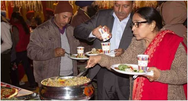 In The Land Of Shahi Paneer, This Guy Organized A Grand Party For 600 People Without Any Cooked Food