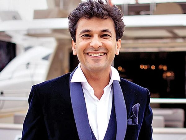 Vikas Khanna Asks Fans How People Forget Native Language After 2 Years In US, Twitter Reacts