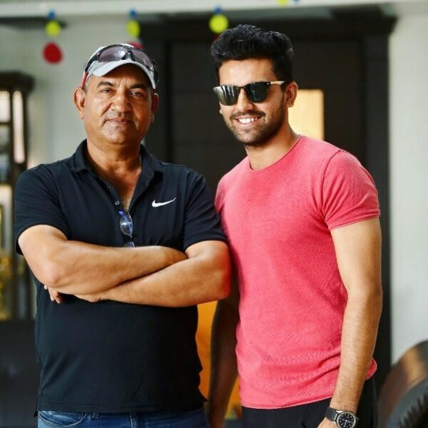 deepak chahar with father